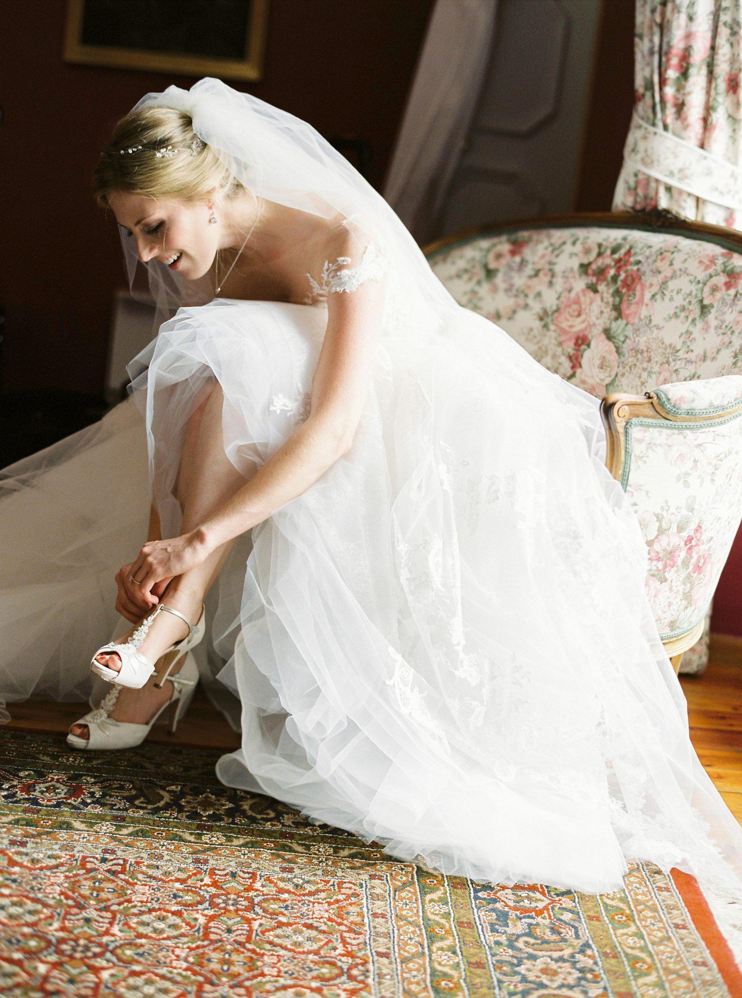 Foto: Birgit Hart Hochzeit Styling Haare Make-up Munich wedding hair makeup Braut