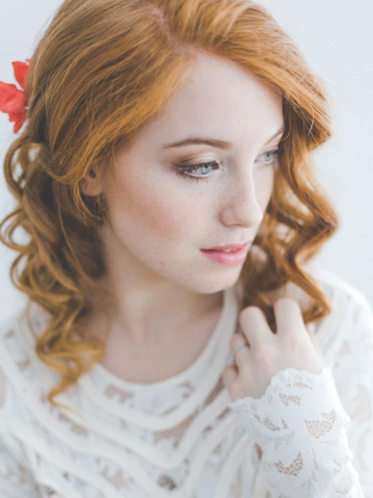 Rebecca wedding hair and makeup by Zuzanna Grabias hajs-ajs