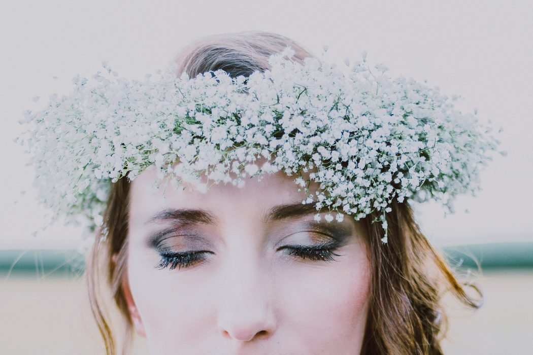 Ellen photoshooting styling by Zuzanna Grabias hair and makeup hajs-ajs